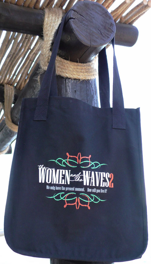 The women and the Waves tote bag